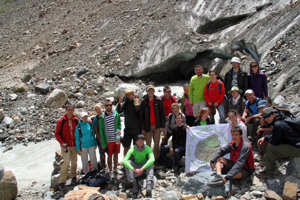 Békatutajos csapat 2014. június 25-én a gleccsernél