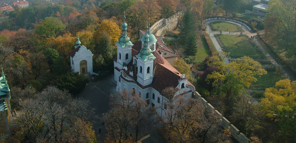 Kilátás a Szent Lőrinc templom felé - Fotó: Barna Béla