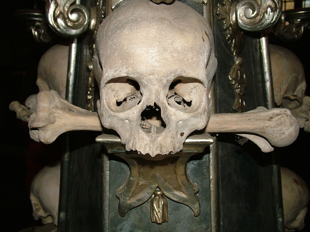 Csontkápolna6 BB