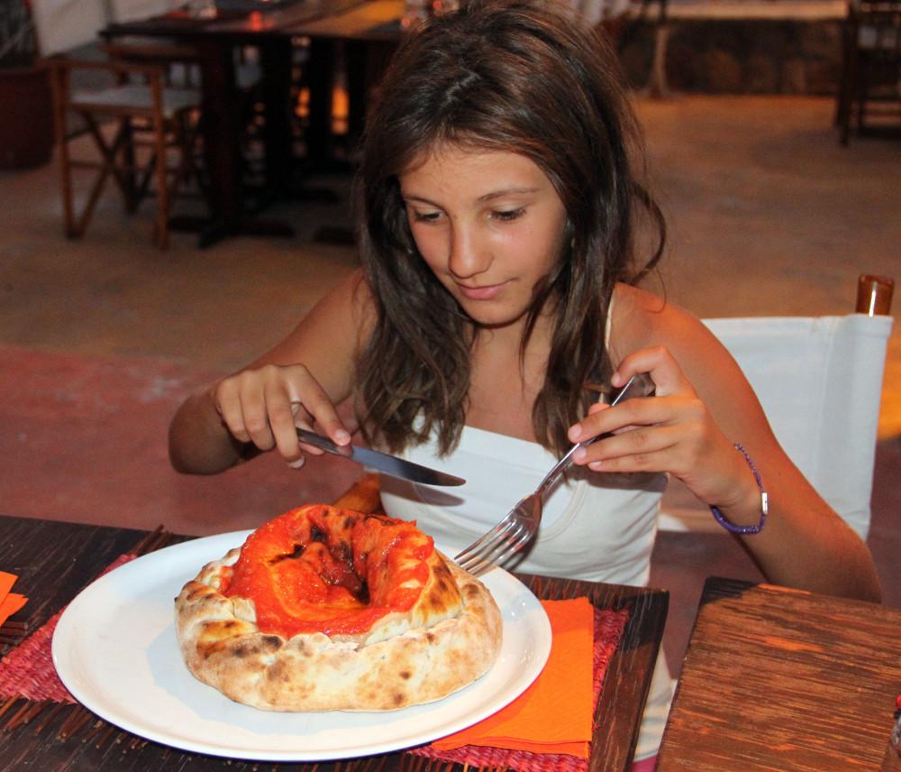 Vulkán alakú pizza - Fotó: Barna Béla