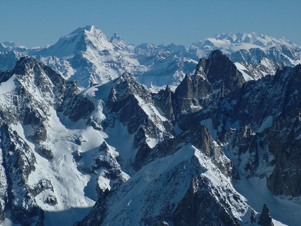 Távolban ott a Matterhorn - Fotó: Barna Béla