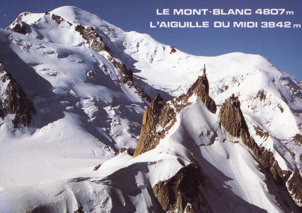 A Mont Blanc és az Aiguille du Midi képeslapon