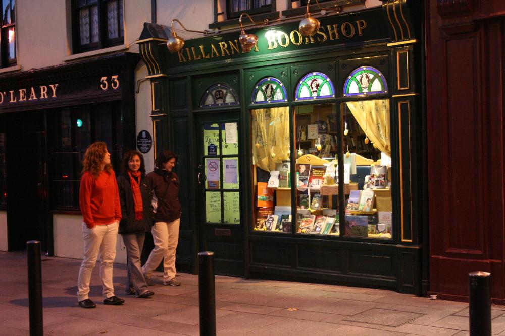 Könyvesbolt Killarneyben - Fotó: Barna Béla