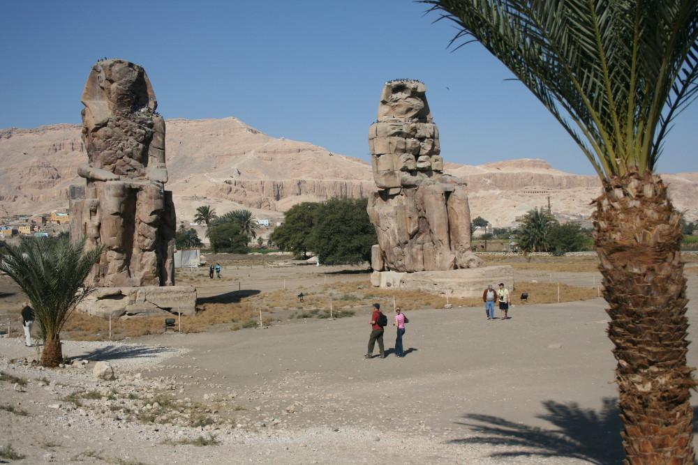 A Memnon kolosszusok - Fotó: Barna Béla