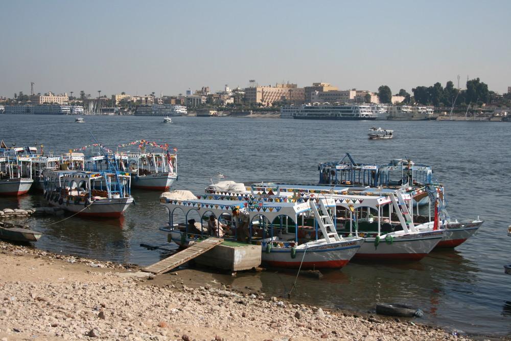 A Nílus a Királyok völgyénél - Fotó: Barna Béla