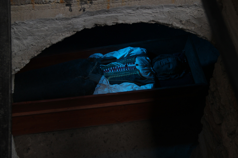 Bosnyák Zsófia múmiájának másolata Sztrecsényben - Fotó: Barna Béla